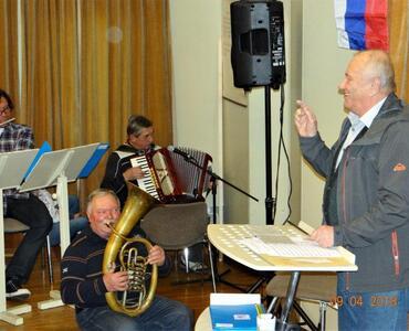 VINKO SITAR  je z godbeniki praznoval svoj 80. rojstni dan