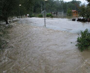 Močno deževje in poplava v TOPOLAH